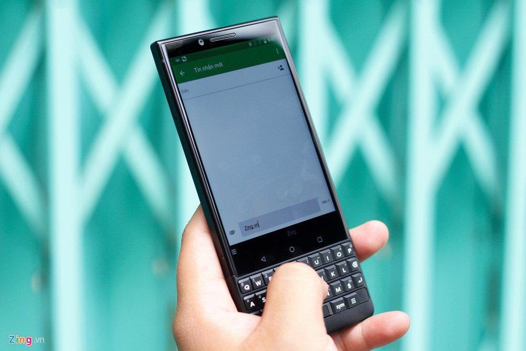 BlackBerry Key2 ve Viet Nam voi gia 17,5 trieu dong hinh anh 4