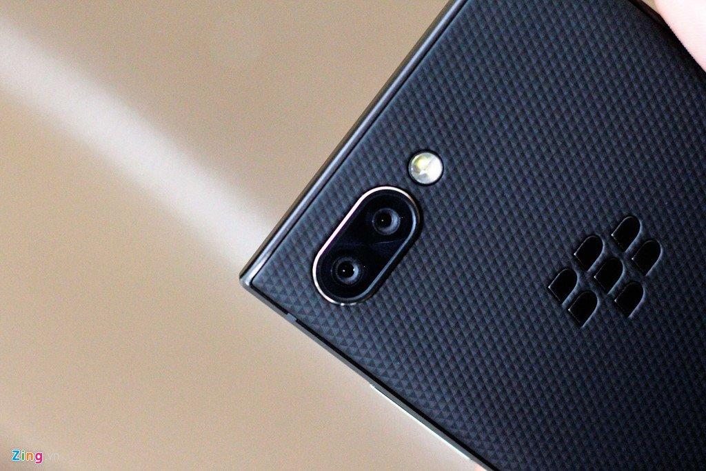 BlackBerry Key2 ve Viet Nam voi gia 17,5 trieu dong hinh anh 3