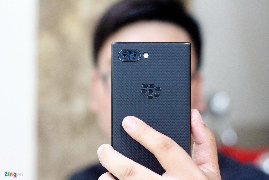 BlackBerry Key2 ve Viet Nam voi gia 17,5 trieu dong hinh anh 2