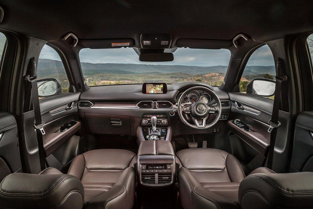 Mazda CX-8 dong co diesel co gia cao bat ngo hinh anh 5