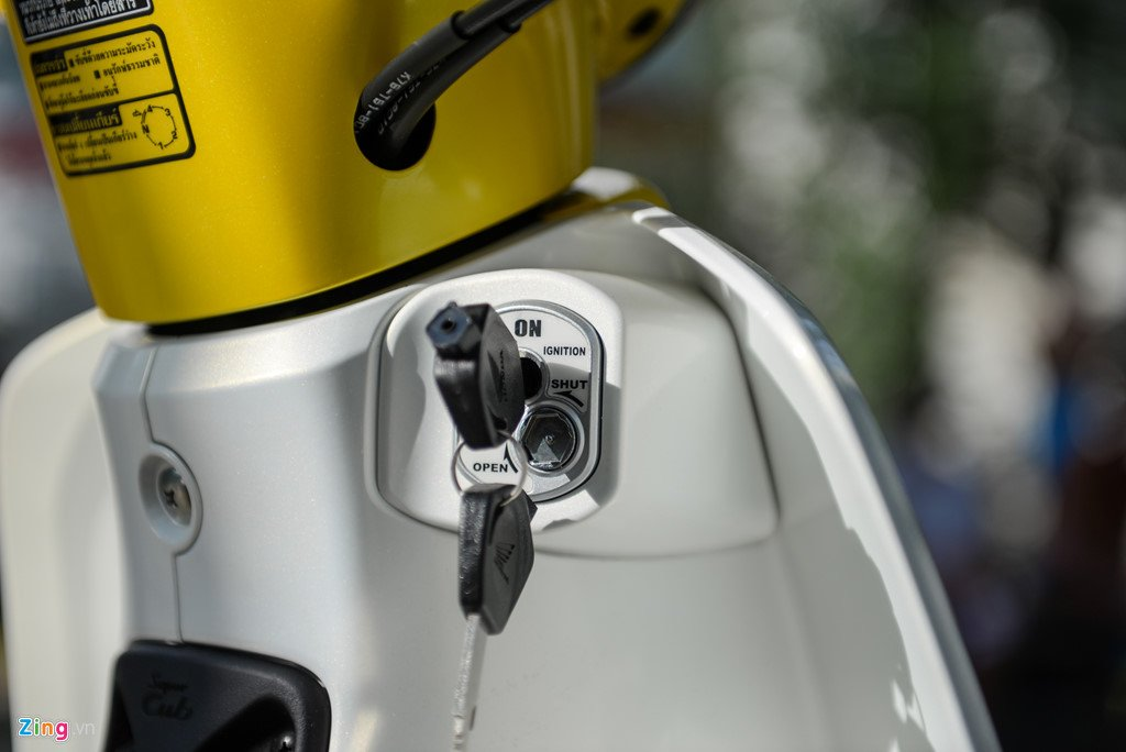 Huyen thoai Honda Super Cub doi 2018 gia 80 trieu dong ve Viet Nam hinh anh 6