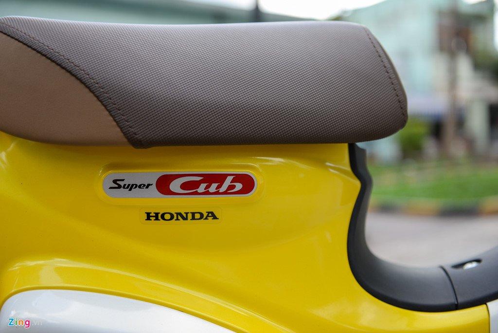 Huyen thoai Honda Super Cub doi 2018 gia 80 trieu dong ve Viet Nam hinh anh 9