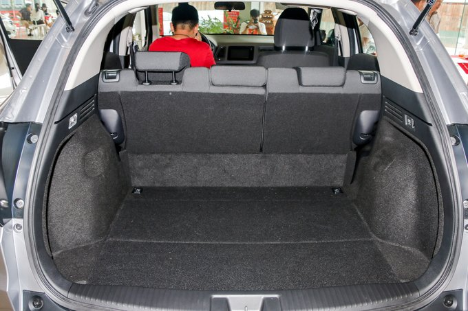 Honda HR-V ve dai ly, bao gia re nhat 800 trieu hinh anh 11