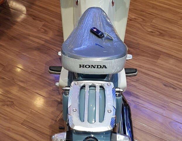 Honda Super Cub C125 sieu hiem dau tien tai Viet Nam, gia 100 trieu dong hinh anh 5