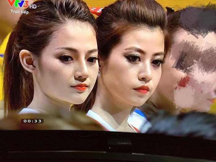 2 hot girl 'Nong cung Euro 2016' khien dan mang me man hinh anh 5