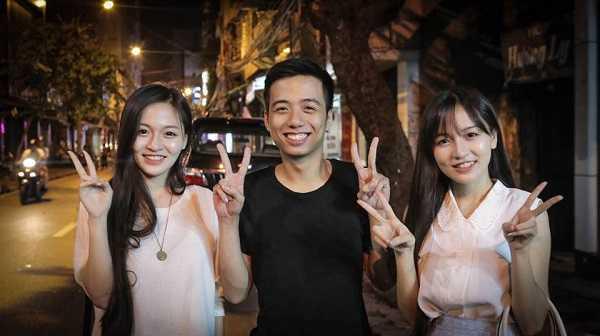 Chi em song sinh 9X xinh dep duoc cap von kinh doanh 300 trieu dong tai Nhat hinh anh 9
