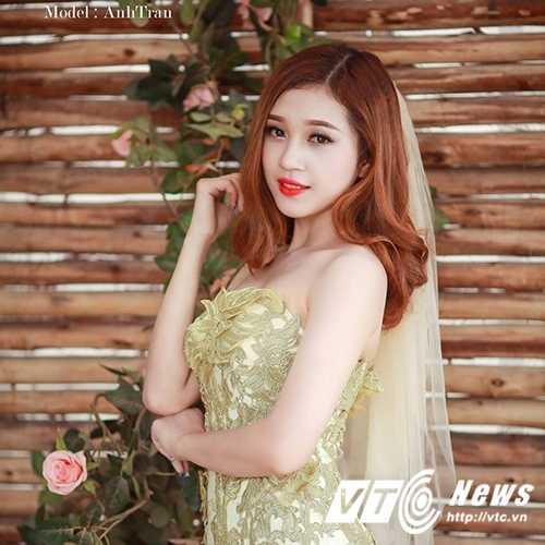 Hoa khoi truong DH Khoa hoc xa hoi Nhan van mo lam nu tiép vien hàng khong hinh anh 1