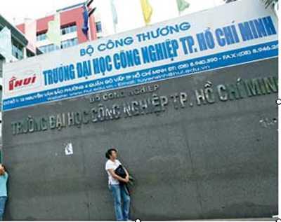 Diem chuan Dai hoc Cong nghiep TP.HCM nam 2015 hinh anh 1