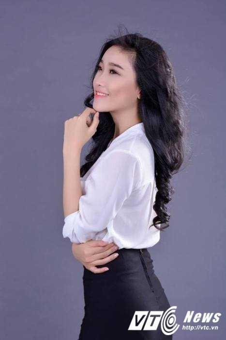 Hot girl Dai hoc Nguyen Tat Thanh xinh dep 'hut hon' dan mang hinh anh 6