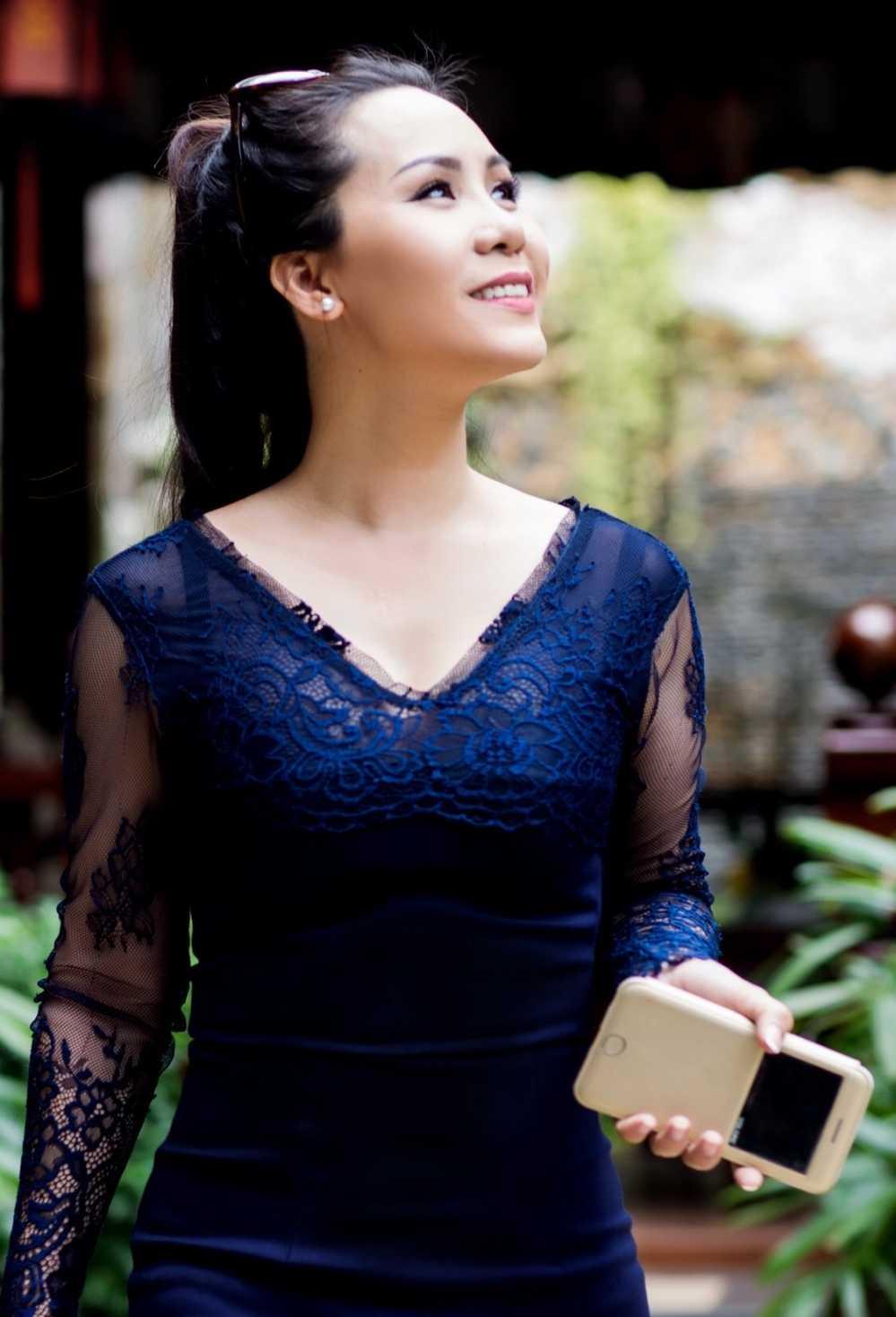 Nu hoang doanh nhan Kim Chi: Showbiz Viet on ao, lam thi phi hinh anh 2