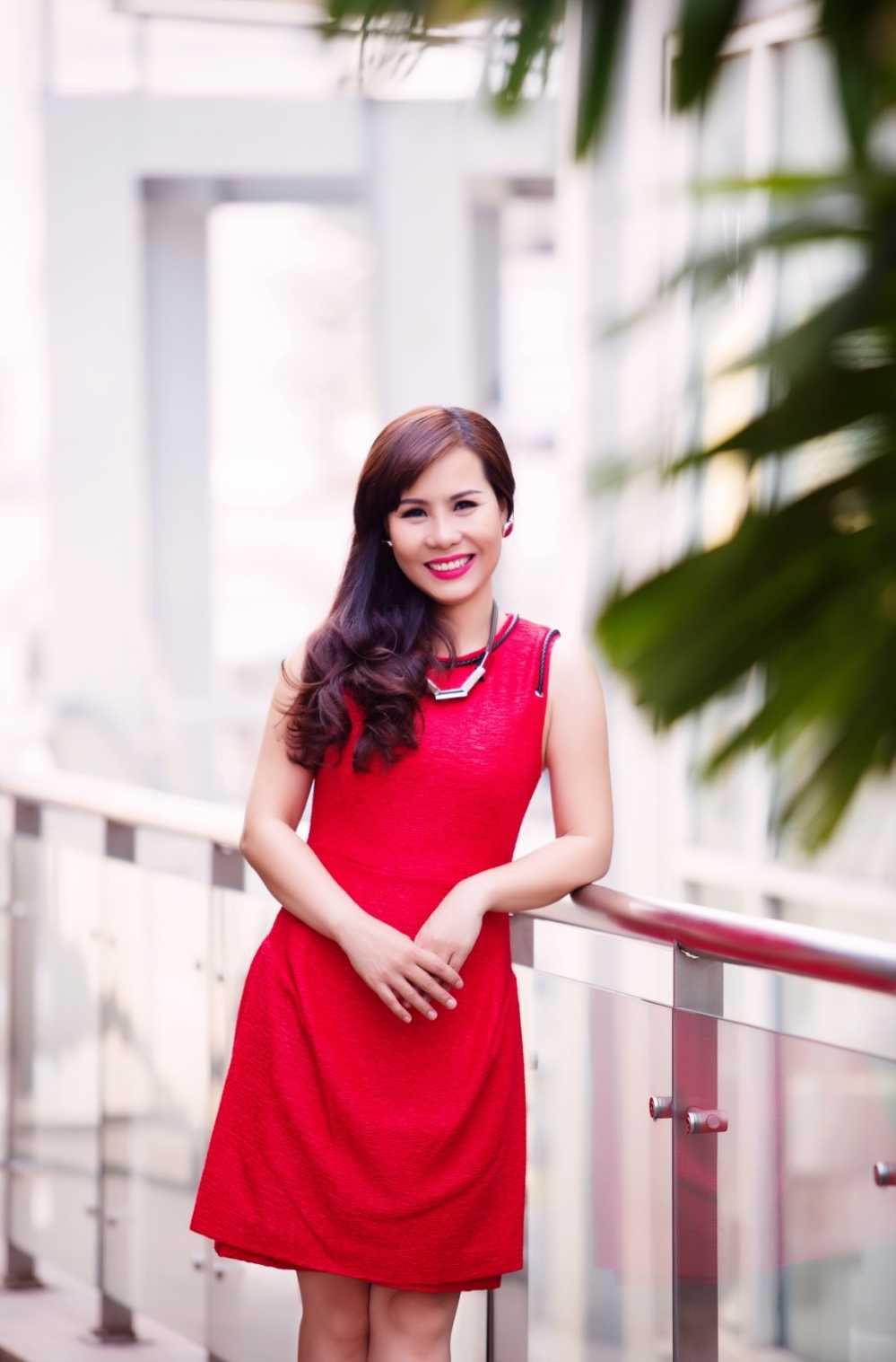 Nu hoang doanh nhan Kim Chi: Showbiz Viet on ao, lam thi phi hinh anh 4