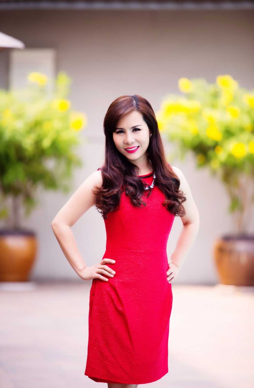 Nu hoang doanh nhan Kim Chi: Showbiz Viet on ao, lam thi phi hinh anh 3