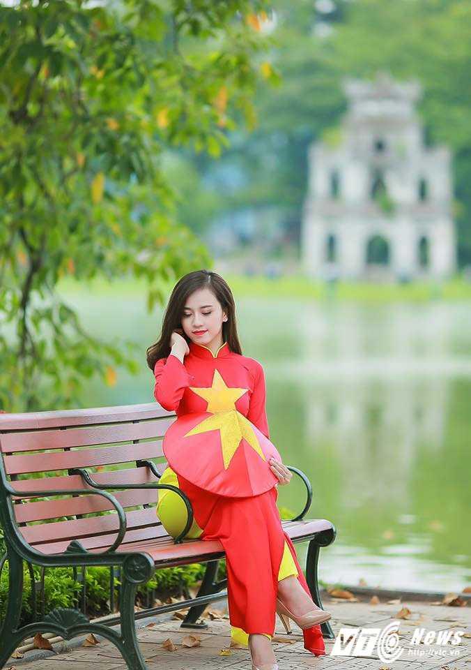 Ngam ve dep trong veo cua hot girl Dai hoc Phuong Dong hinh anh 1