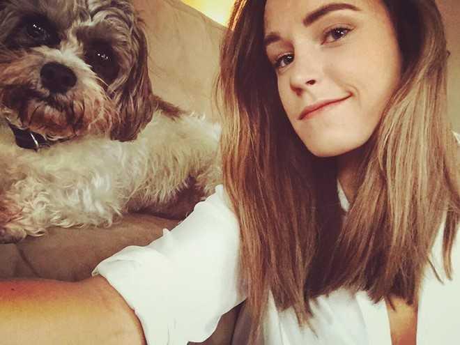 Lo dien 'ban sao' xinh dep cua nu dien vien Emma Watson hinh anh 1