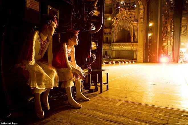 Kham pha ngoi truong day mua ballet noi tieng o Nga hinh anh 8