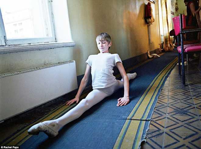 Kham pha ngoi truong day mua ballet noi tieng o Nga hinh anh 9