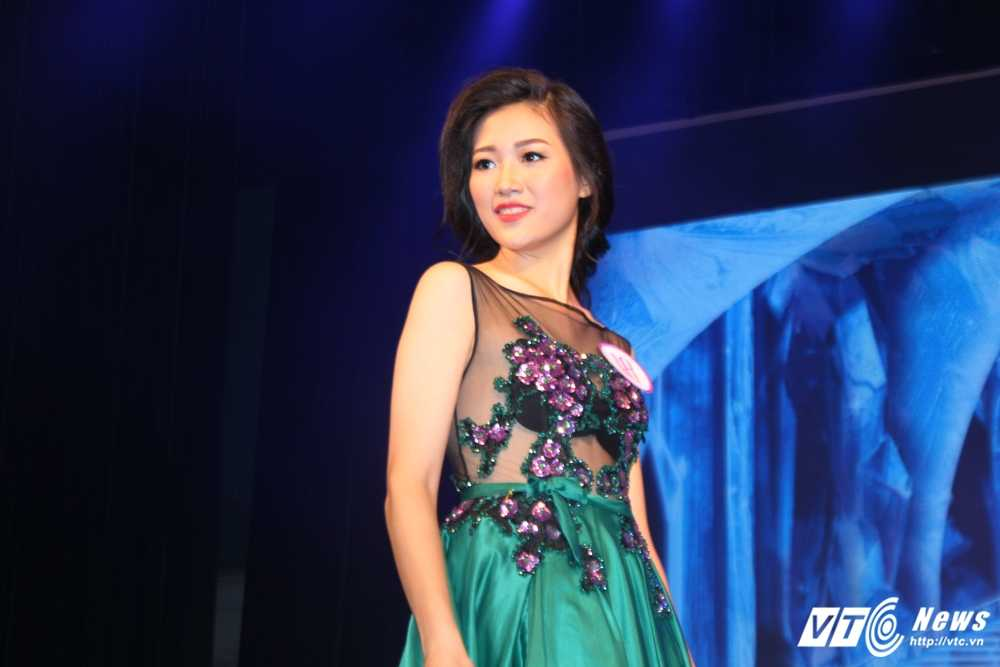 Nu sinh xinh dep dang quang 'Tai hoa duyen dang Duoc' 2016 hinh anh 7