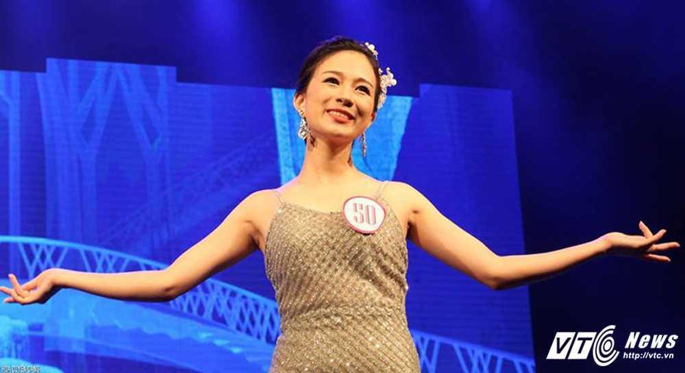 Nu sinh xinh dep dang quang 'Tai hoa duyen dang Duoc' 2016 hinh anh 10