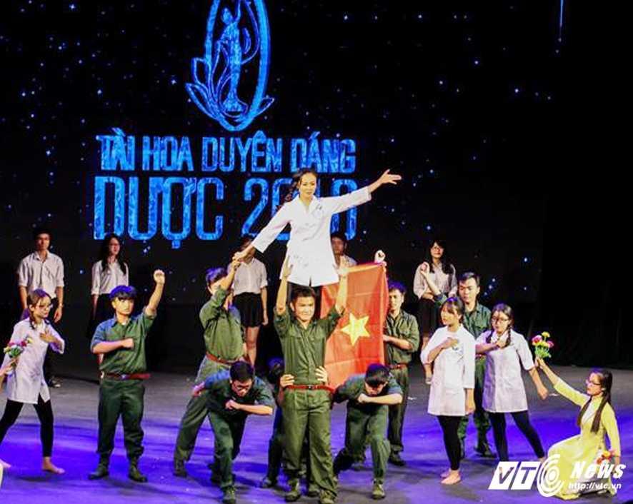 Nu sinh xinh dep dang quang 'Tai hoa duyen dang Duoc' 2016 hinh anh 14