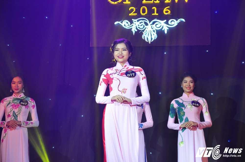 Da tim ra hoa khoi xinh dep, tai nang DH Luat Ha Noi 2016 hinh anh 6
