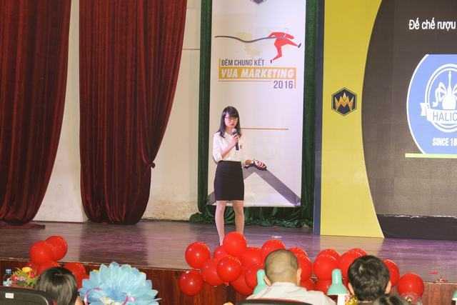 Nu sinh Hoc vien Tai chinh gianh ngoi vi quan quan 'Vua Marketing 2016' hinh anh 4