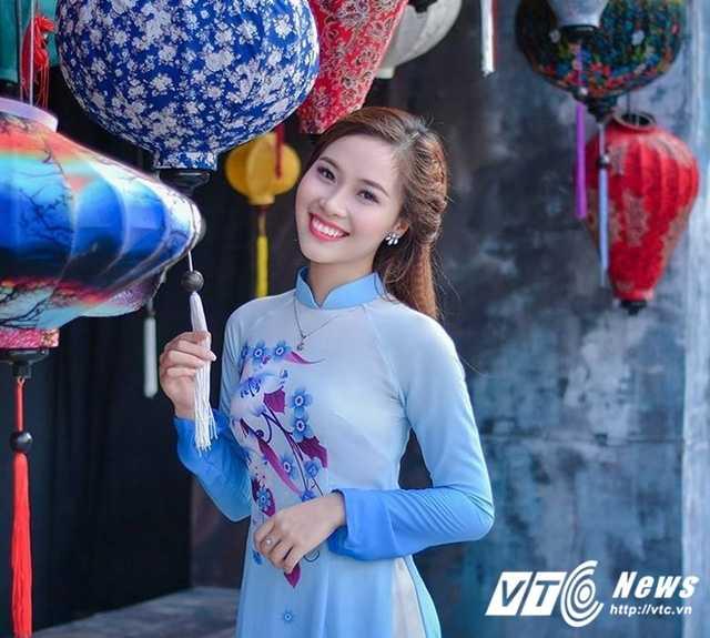 12 nu sinh xinh dep, tai nang nhat Dai hoc Quoc gia Ha Noi nam 2016 hinh anh 2