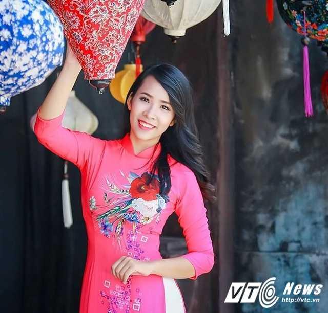 12 nu sinh xinh dep, tai nang nhat Dai hoc Quoc gia Ha Noi nam 2016 hinh anh 11