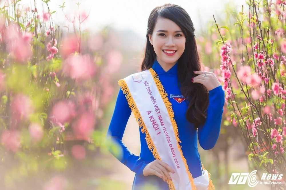 'Ban sao' hot girl Chi Pu khoe sac tham ben dao Xuan hinh anh 6