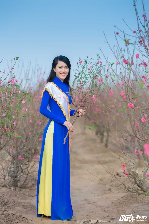 'Ban sao' hot girl Chi Pu khoe sac tham ben dao Xuan hinh anh 9