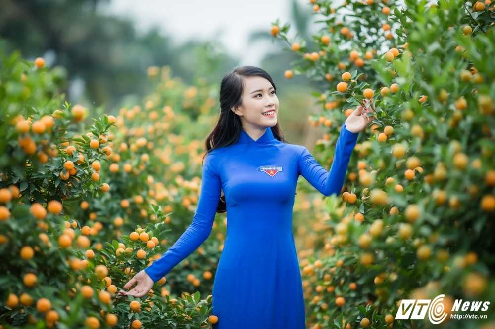 'Ban sao' hot girl Chi Pu khoe sac tham ben dao Xuan hinh anh 2