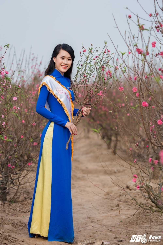 'Ban sao' hot girl Chi Pu khoe sac tham ben dao Xuan hinh anh 7