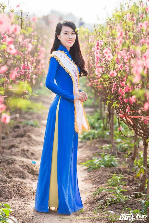 'Ban sao' hot girl Chi Pu khoe sac tham ben dao Xuan hinh anh 10