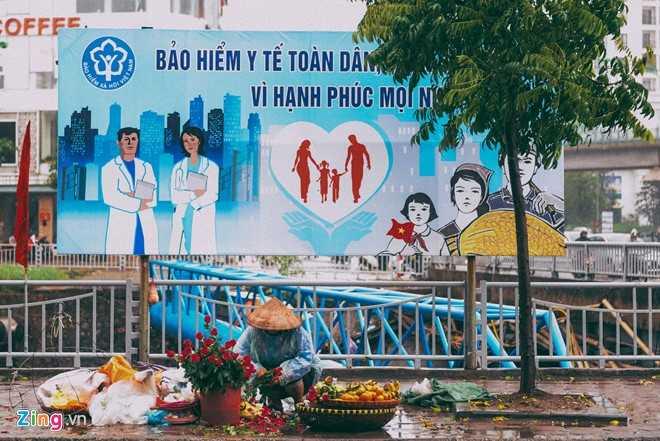 Canh doi muu sinh trong mua ret lay nuoc mat hang trieu nguoi hinh anh 6