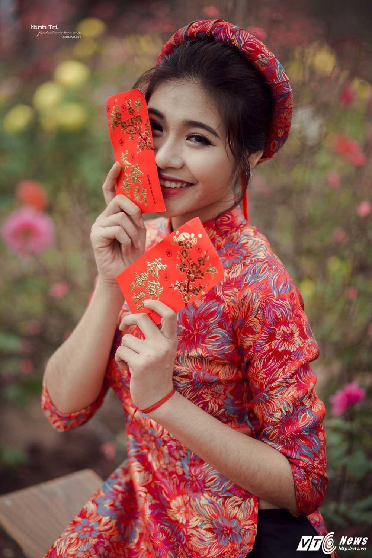 Hoa khoi sinh vien Ha Noi 2016 khoe sac ben dao Xuan don Tet hinh anh 13