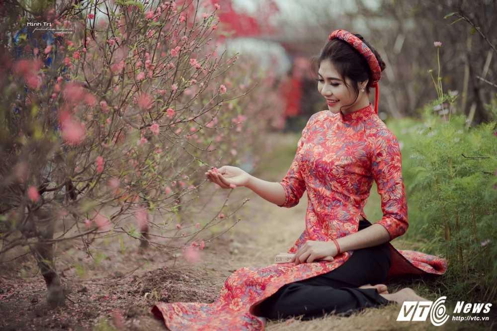 Hoa khoi sinh vien Ha Noi 2016 khoe sac ben dao Xuan don Tet hinh anh 10