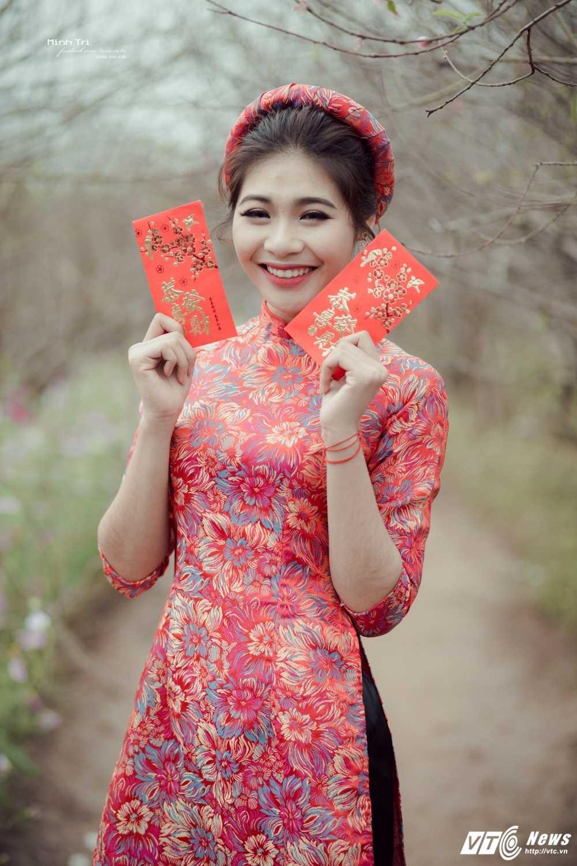 Hoa khoi sinh vien Ha Noi 2016 khoe sac ben dao Xuan don Tet hinh anh 11