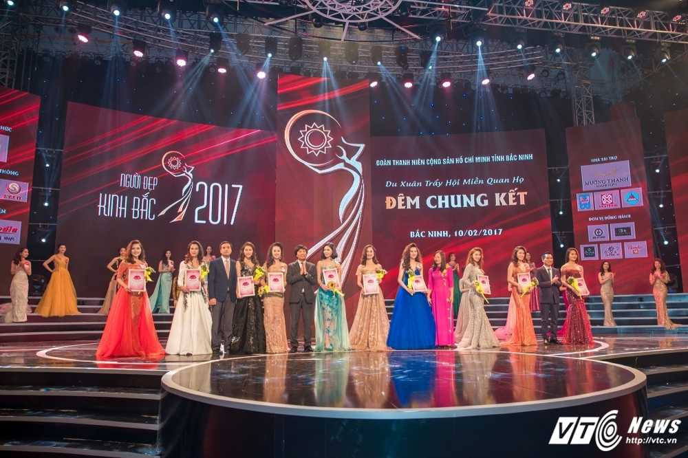 Hot girl Dai hoc Phong chay chua chay lot top 10 'Nguoi dep Kinh Bac 2017' hinh anh 1