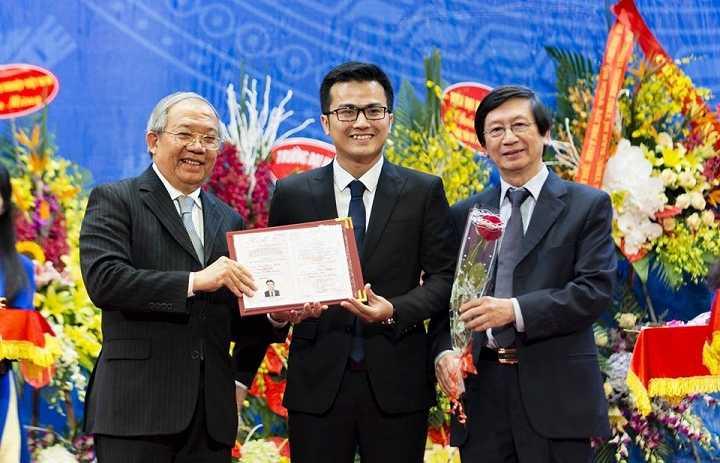 Pho giao su tre nhat Viet Nam 2016 lot top 20 guong mat tre Viet Nam tieu bieu hinh anh 1