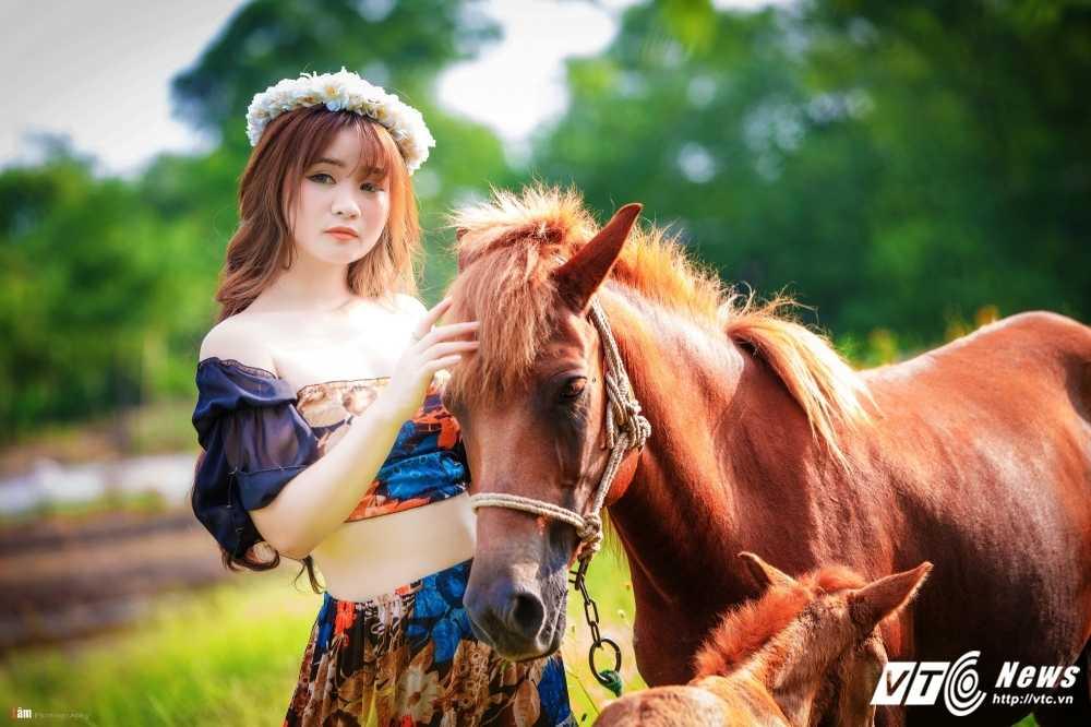 Thieu nu Ha thanh xinh dep khoe net quyen ru trong bo anh 'Son nu' hinh anh 8