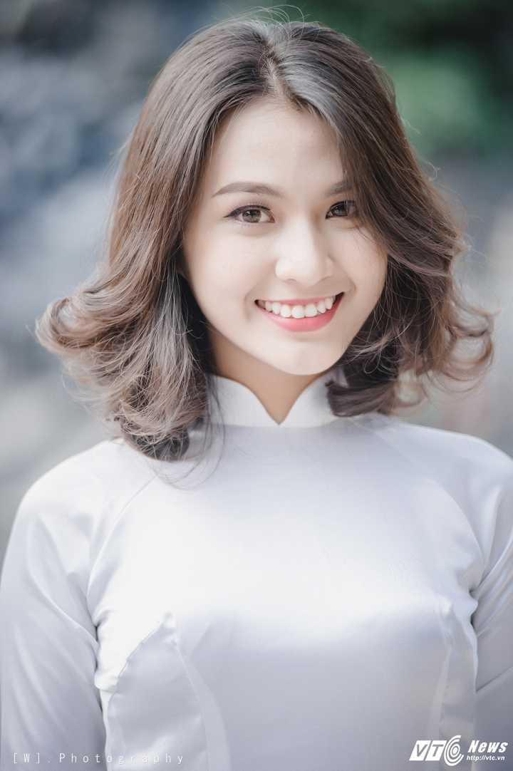 Hot girl Ha thanh bat mi du dinh ngay Quoc te Phu nu 8/3 hinh anh 2