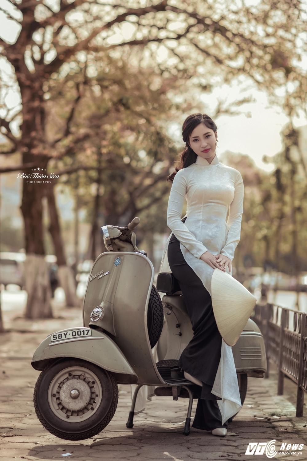 Thieu nu Ha thanh khoe dang yeu kieu tren pho Ha Noi mua thay la hinh anh 6