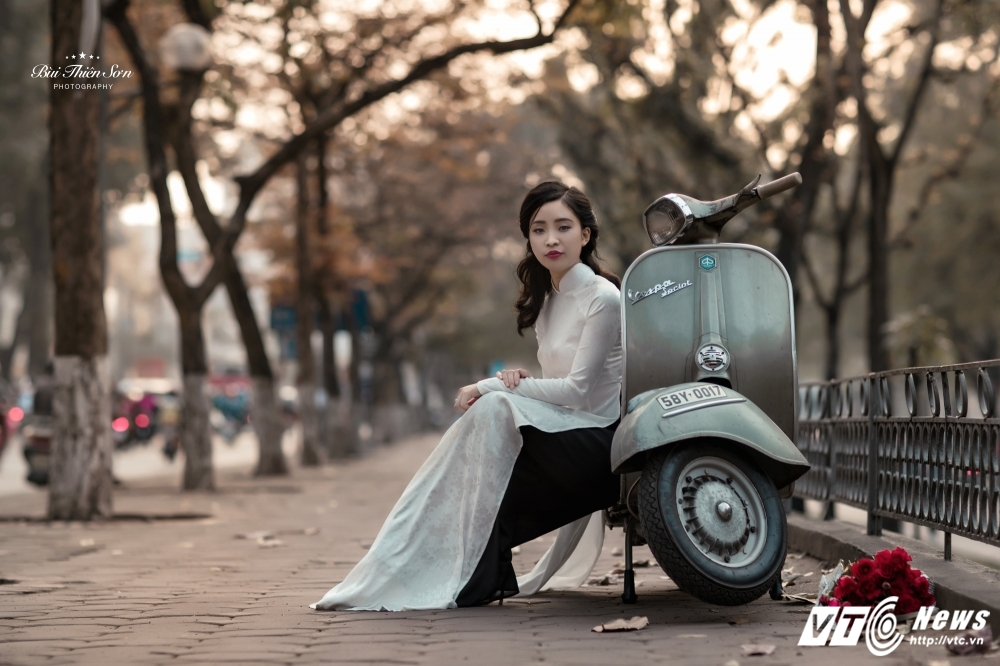 Thieu nu Ha thanh khoe dang yeu kieu tren pho Ha Noi mua thay la hinh anh 5