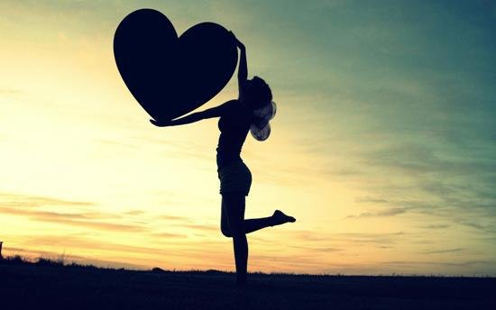 Valentine Den 14/4: Loi chuc hay va y nghia cho ban tre doc than hinh anh 1