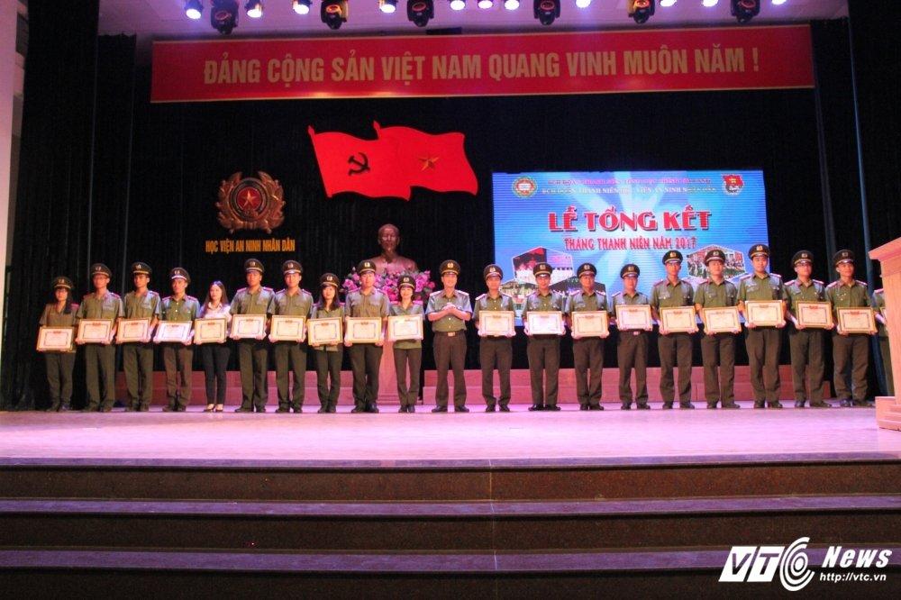 Hoc vien An ninh tong ket Thang Thanh nien: Nhieu thanh tich dac biet hinh anh 2