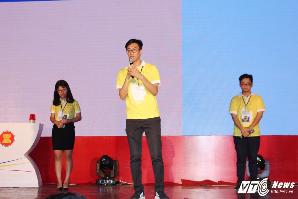 Sinh vien Dai hoc Kiem sat gianh quan quan 'Sac mau ASEAN 2017' hinh anh 4