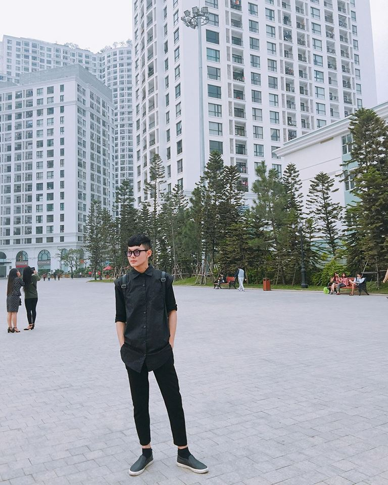 Hot boy DH Van hoa - Nghe thuat Quan doi gay sot khi cover ngot lim 'Nguoi ve tham que' hinh anh 9
