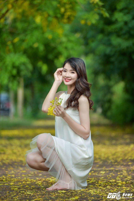 Nu sinh DH Thai Nguyen cao nhu sieu mau dep cuon hut trong bo anh moi hinh anh 1