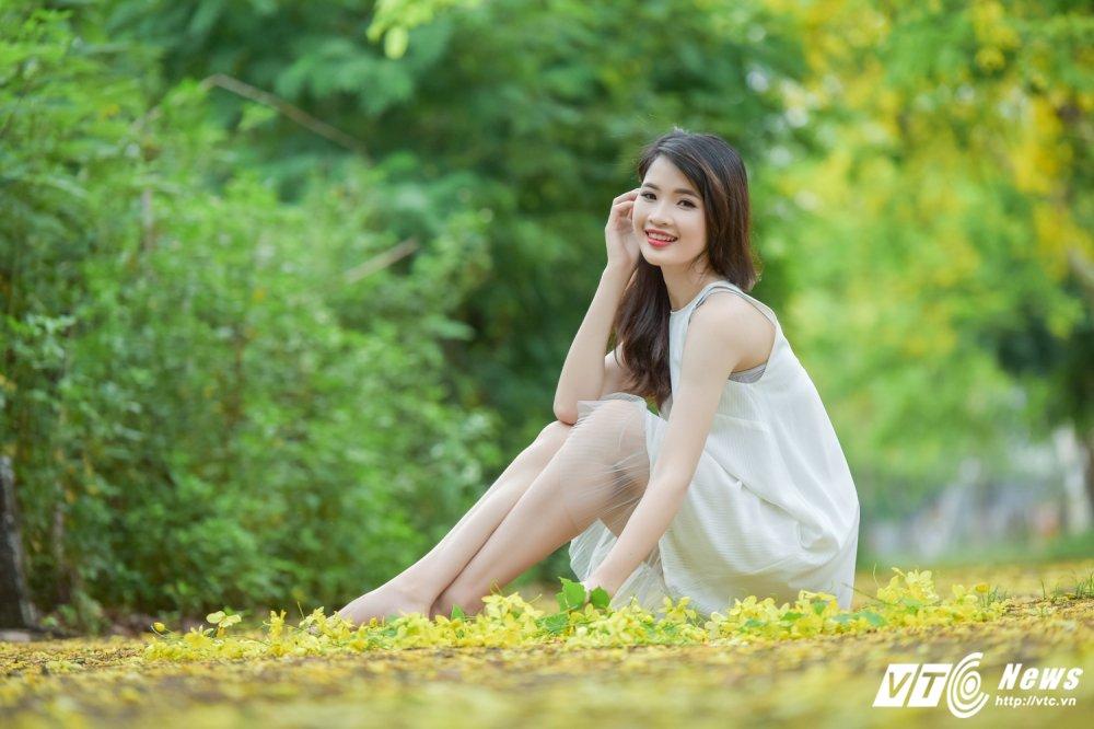 Nu sinh DH Thai Nguyen cao nhu sieu mau dep cuon hut trong bo anh moi hinh anh 9
