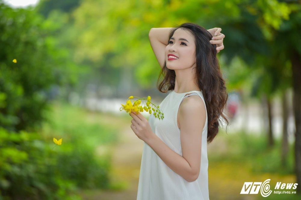 Nu sinh DH Thai Nguyen cao nhu sieu mau dep cuon hut trong bo anh moi hinh anh 11