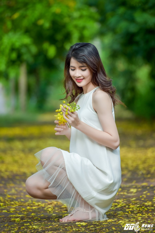 Nu sinh DH Thai Nguyen cao nhu sieu mau dep cuon hut trong bo anh moi hinh anh 2
